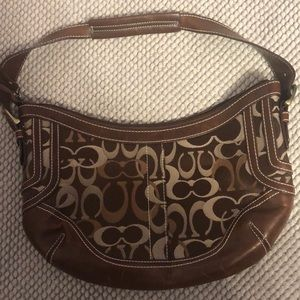 Coach brown purse in amazing condition